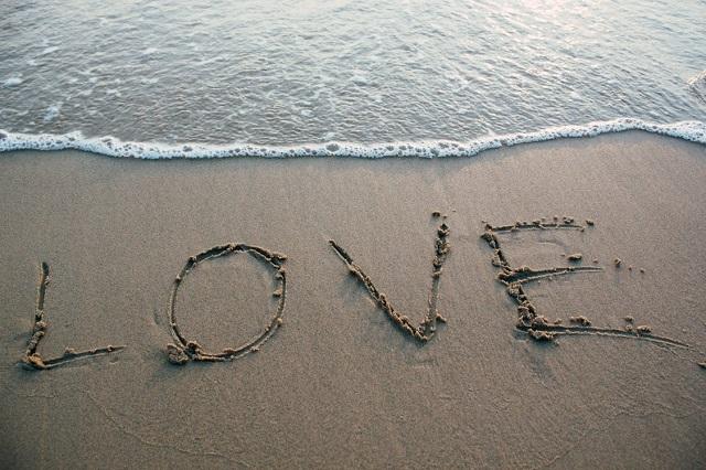 恋愛を成就させたい人必見!恋愛相談が当たると評判の電話占いサイト